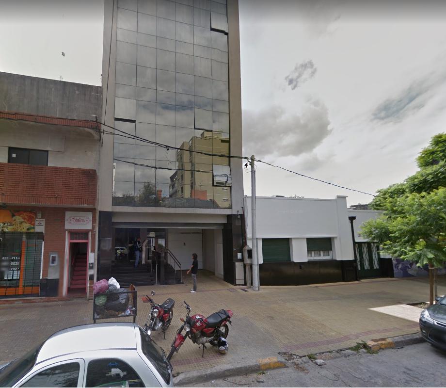 Oficina en alquiler La Plata calle 48 e/ 18 y 19 Dacal Bienes Raices