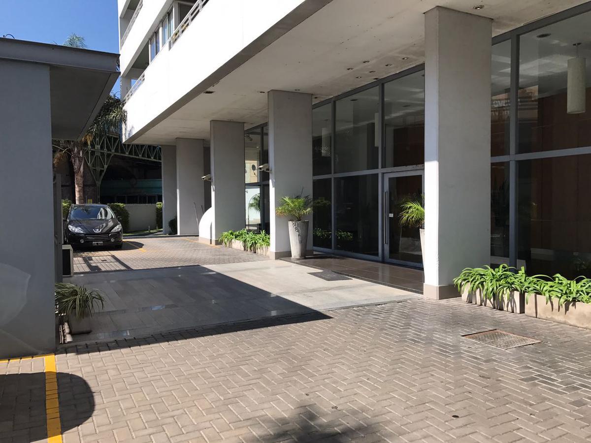 Apartamento Apto Prof, en excelente ubicación de Olivos