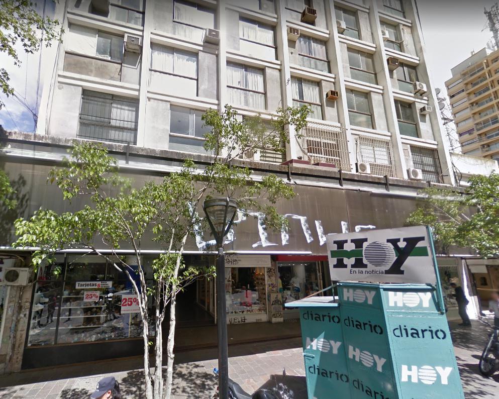 Oficina en alquiler en  La Plata  Calle 8 e/ 48 y 49 Dacal Bienes Raices