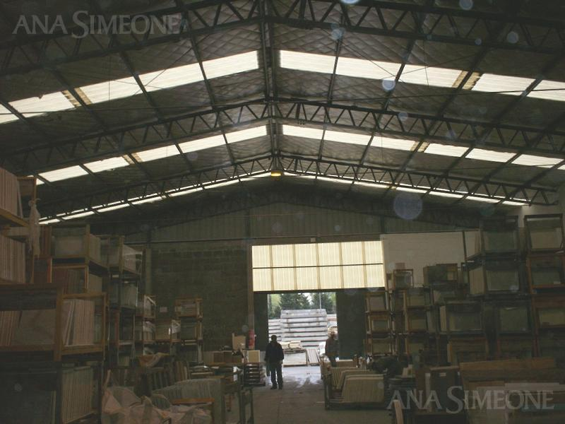 Terreno - Don Torcuato  Planta Industrial de 1.400 m2 cubiertos totales.