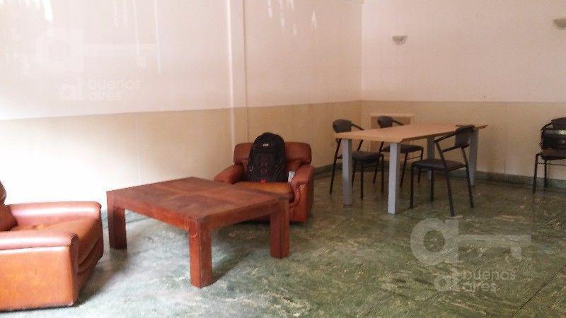 Villa Crespo, PH 3 ambientes con patio, alquiler temporario sin garantía