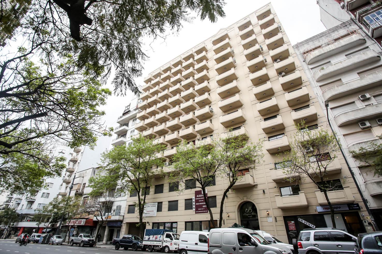Foto Edificio en  Belgrano 1345