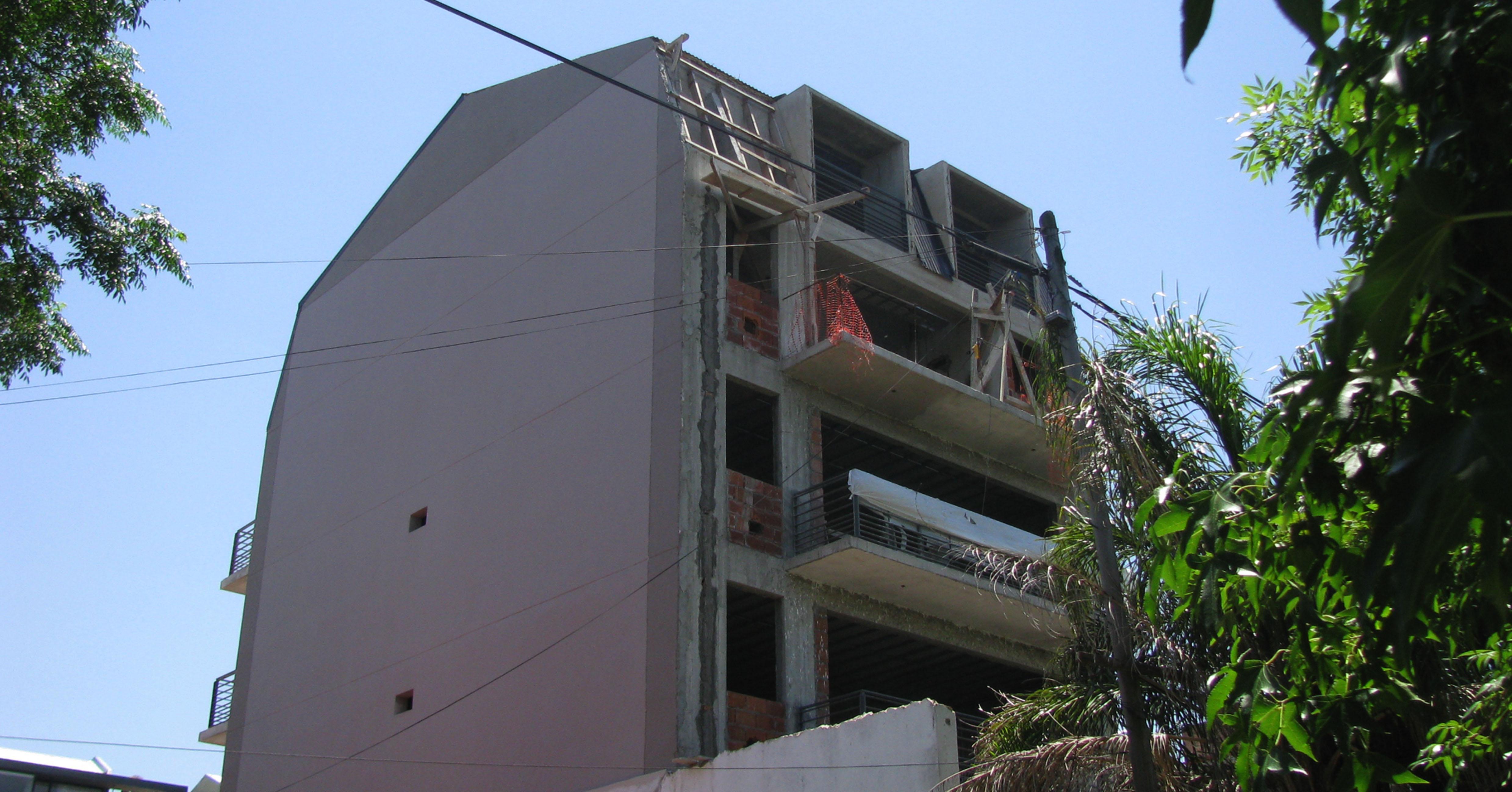 Foto Edificio en  Bermudez 769
