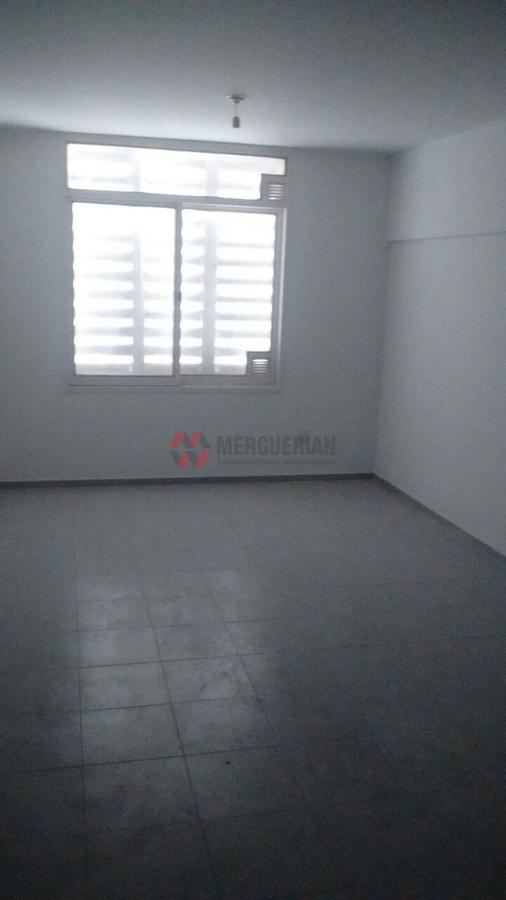 Foto Edificio en Alberdi Dean Funes 900 numero 37