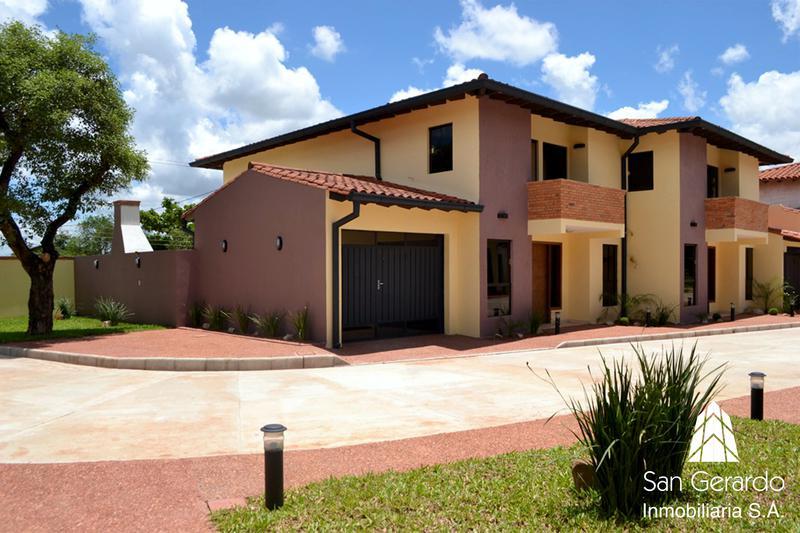 Foto  en Orilla del Campo Grande Zona Mcal. López y Sta. Teresa