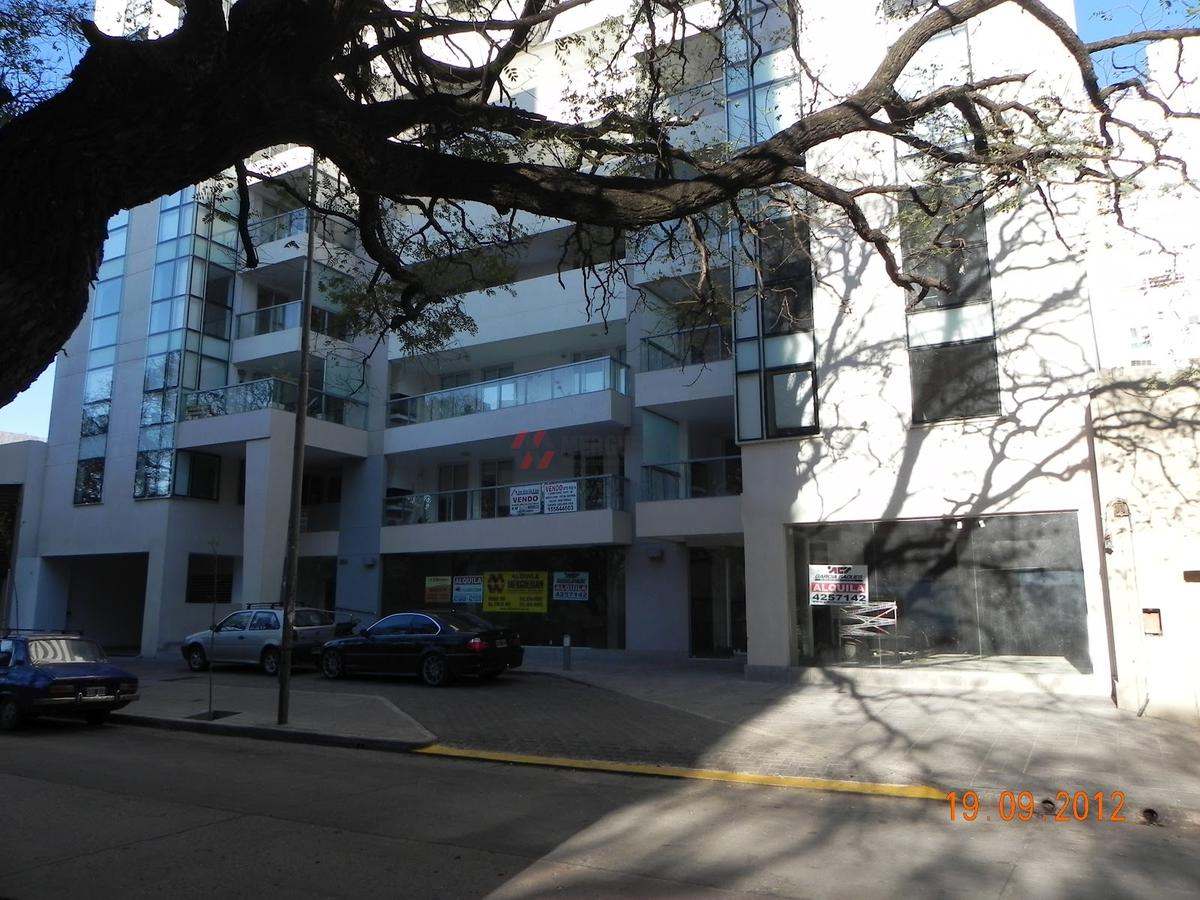 Foto  en Centro Figueroa Alcorta 300