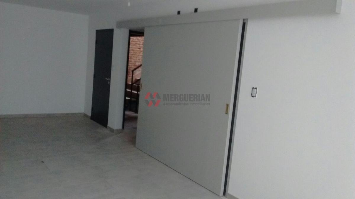 Foto Edificio en Alberdi Dean Funes 900 numero 21