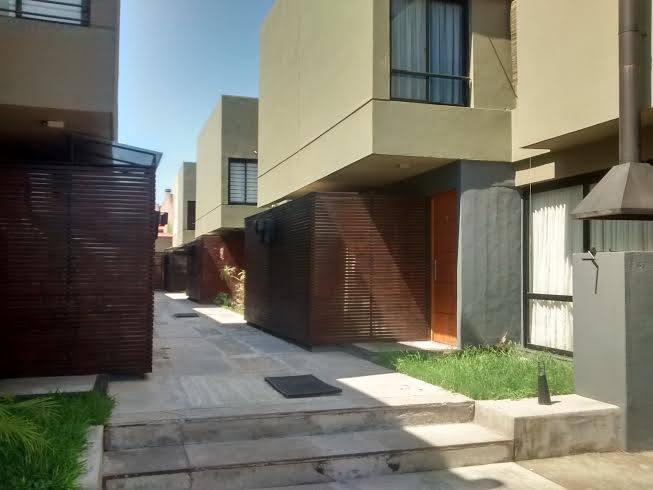 Foto Barrio Privado en San Miguel De Tucumán Dúplex 2 Dorm Financiados 4750 - Alt. Av A. Guzmán 350, frente Shopping Portal numero 28