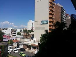 Foto Edificio en Nueva Cordoba AV. PUEYRREDON AL 200 numero 19