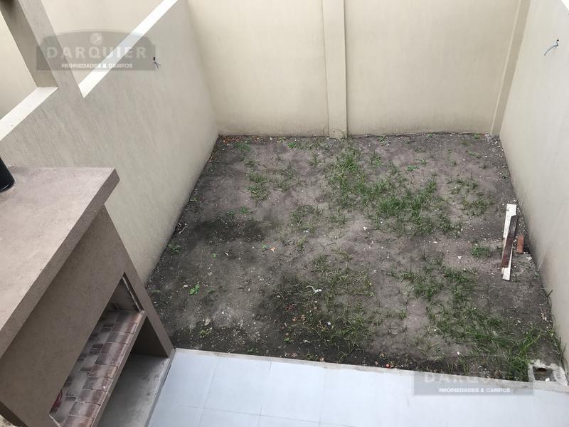 Foto Condominio en Adrogue RAMIREZ ESQUINA COMODORO PY numero 10