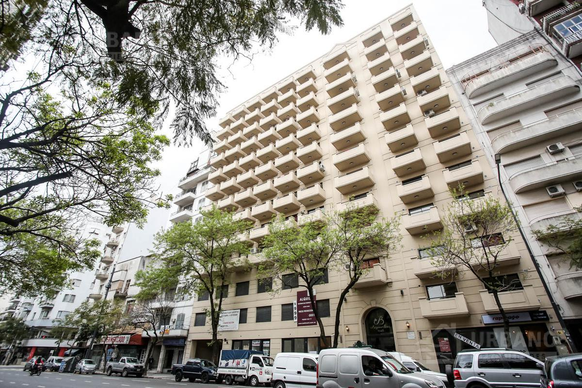 Foto Edificio en  Av. Belgrano 1300 - Apto Credito