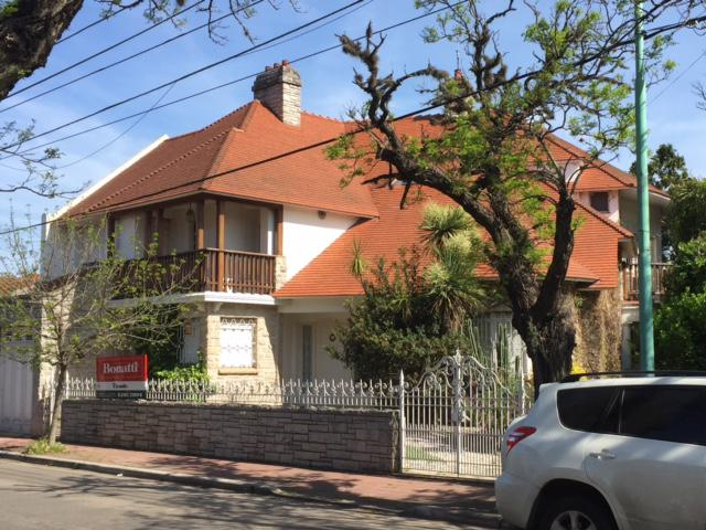 Foto Casa en Venta |  en  Temperley Oeste,  Temperley  BRANDSEN 375, e/Gral. Paz y Lavalle