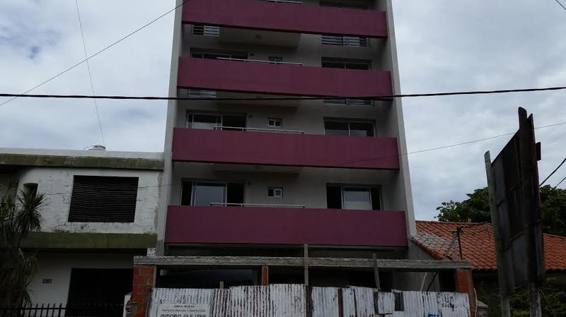 Foto Departamento en Venta    en  Lanús Oeste,  Lanús  FORMOSA al 500