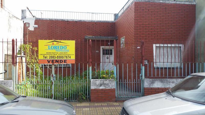 Foto Casa en Venta |  en  Lanús ,  G.B.A. Zona Sur  ACEVEDO al 1000