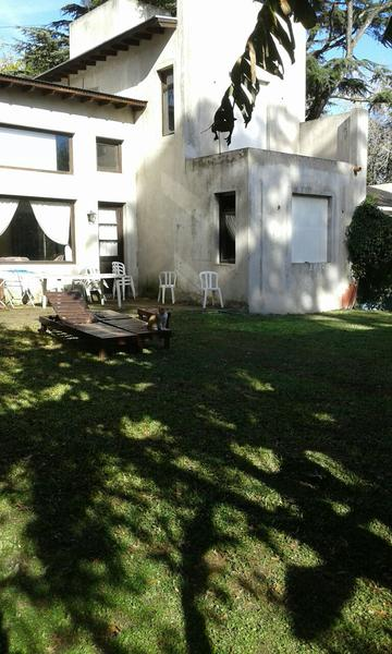 Foto Casa en Venta en  Barrio Parque Leloir,  Ituzaingo  Alsina al 2900