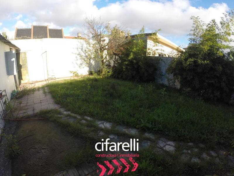 Foto Casa en Venta en  Lomas Del Mirador,  La Matanza  Dr. Enrique Eizaguirre al 300