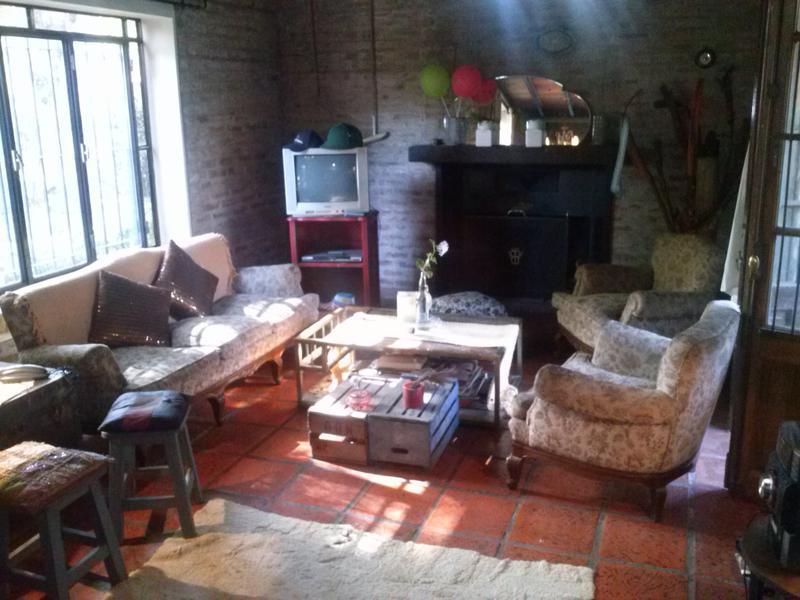 Foto Casa en Alquiler temporario en  Barrio Parque Leloir,  Ituzaingo  payadores al 1300