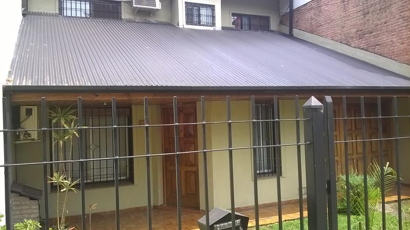 Foto Casa en Venta en  Jose Marmol,  Almirante Brown  Erezcano 42