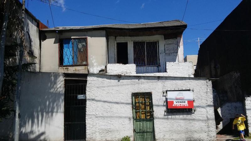 Foto Casa en Venta en  Virr.-Oeste,  Virreyes  Ex Combatiente Juan C. Reguera al 2300