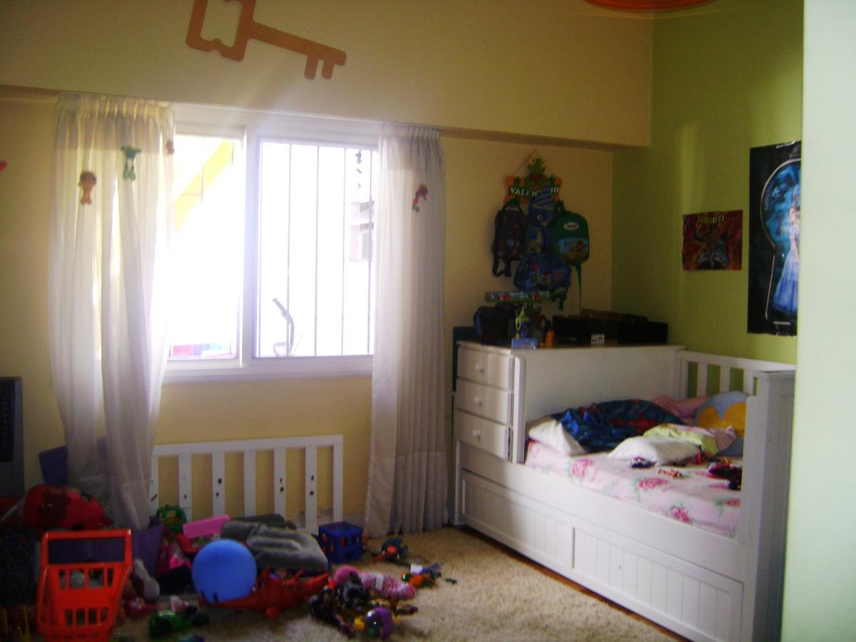 Foto Casa en Venta en  Ituzaingó ,  G.B.A. Zona Oeste  Capitán Rodriguez Flores al 200