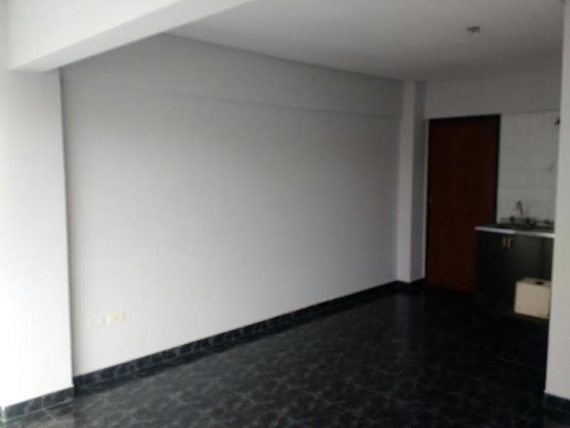 Foto Departamento en Alquiler en  San Miguel De Tucumán,  Capital  Mendoza al 400, monoambiente.