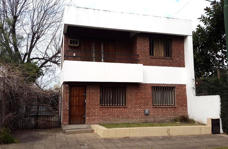 Foto Casa en Venta en  Ituzaingó Sur,  Ituzaingó  Henry Dunant al 700