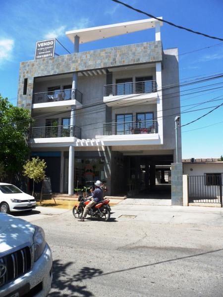 Foto Local en Venta en  Desamparados,  Capital  urbano 1
