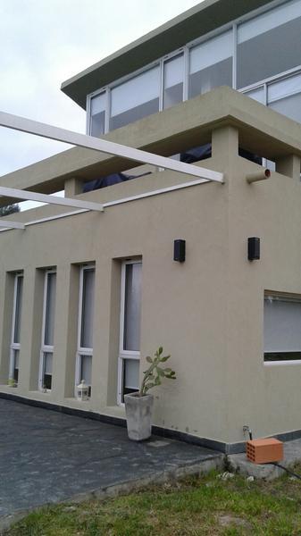 Foto Casa en Venta en  Ezeiza ,  G.B.A. Zona Sur   Complejo La Azulada