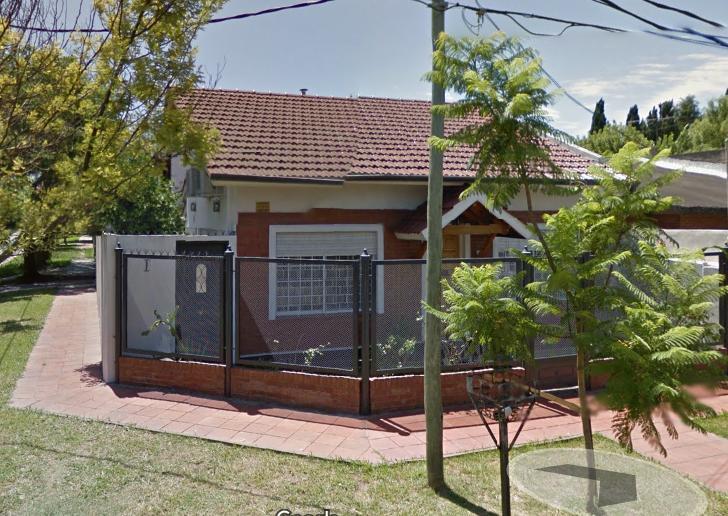 Foto Casa en Venta    en  Burzaco,  Almirante Brown  TIGLIO al 300