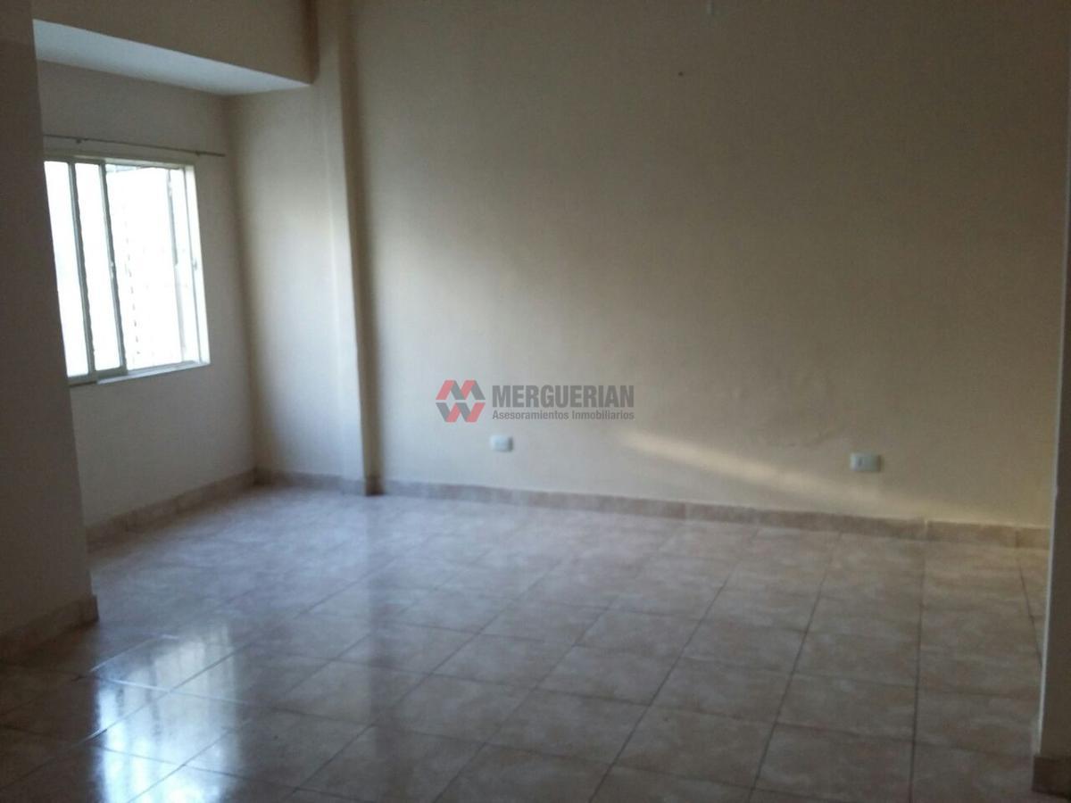 Foto Departamento en Alquiler en  Independencia,  Cordoba  General Bustos al 200