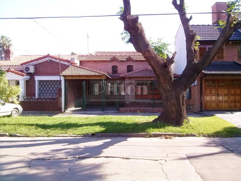 Foto Casa en Venta en  Banfield Este,  Banfield  Serrano 641