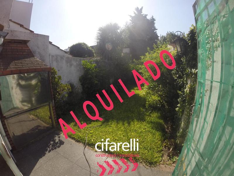 Foto Casa en Alquiler en  Villa Luro ,  Capital Federal  Cajaravilla al 4800