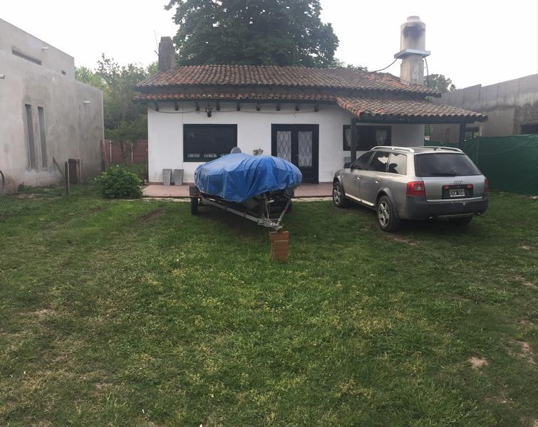 Foto Casa en Venta en  Barrio Parque Leloir,  Ituzaingo  Udaondo al 4100