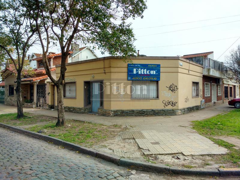 Foto Casa en Venta en  Banfield Este,  Banfield  Cabrera 498