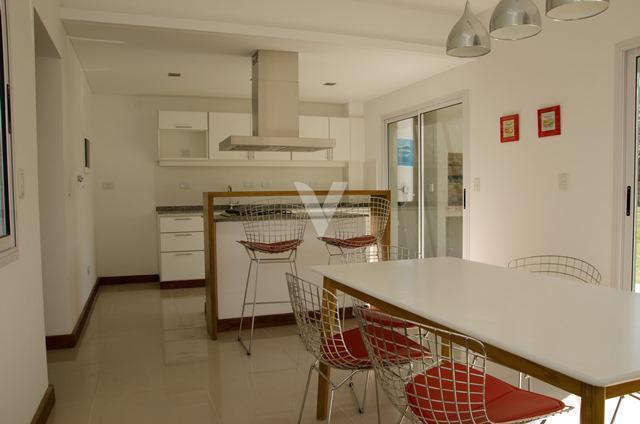 Foto Casa en Venta en  María Eugenia Residences & Village,  Countries/B.Cerrado  CORVALAN, INTENDENTE entre GRAHAM BELL, A. y ALVEAR, MARCELO T. DE
