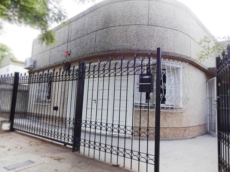 Foto Casa en Venta en  Talleres,  General Pico  19 e/ 102 y 2