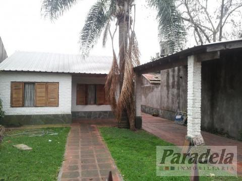 Foto Casa en Venta en  Ituzaingó,  Ituzaingó  Quesada 800