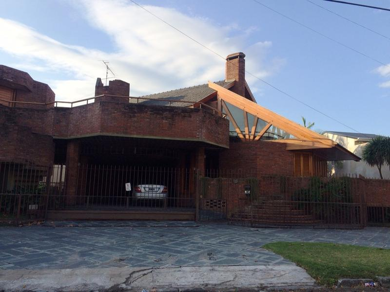 Foto Casa en Venta |  en  Lomas de Zamora Oeste,  Lomas De Zamora  RIVERA, PEDRO I. DE 855