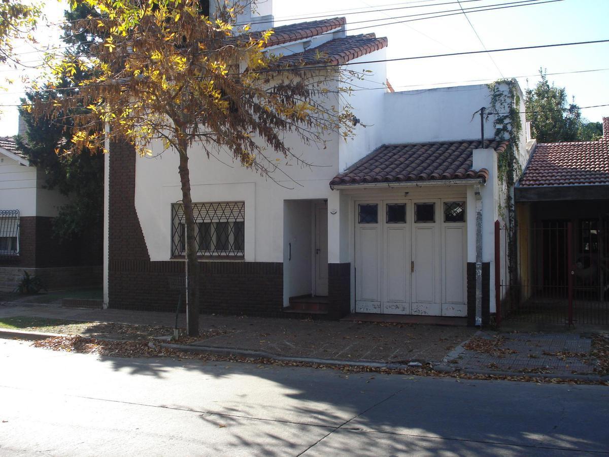 Foto Casa en Venta en  Castelar Norte,  Castelar  Francia al 2600