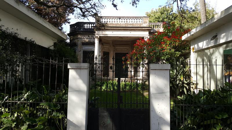 Foto Casa en Alquiler en  Adrogue,  Almirante Brown  MITRE 1096 entre Macias y E. Adrogué