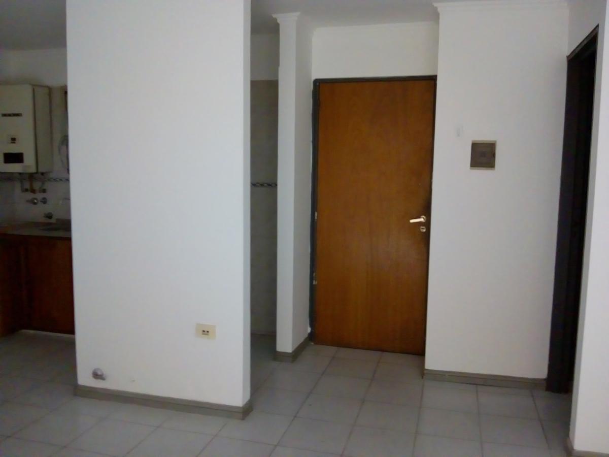 Foto Departamento en Alquiler en  Nueva Cordoba,  Capital  Transito Caceres al 400