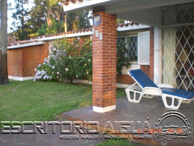 Foto Casa en Alquiler temporario en  Cantegril,  Punta del Este  Giselda Zani al 500