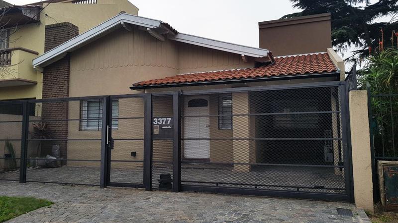 Foto Casa en Venta en  Castelar Norte,  Castelar  Marqués de Loreto al 3300