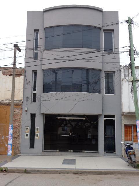 Foto Oficina en Alquiler en  Centro,  Presidencia Roque Saenz Peña  Belgrano  al 300
