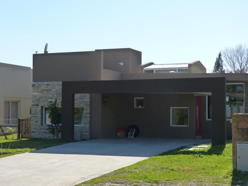 Foto Casa en Venta en  Lujan Del Sol,  Countries/B.Cerrado  Lujan Del Sol