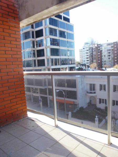 Foto Departamento en Alquiler en  Punta Carretas ,  Montevideo  Bvar y Miranda
