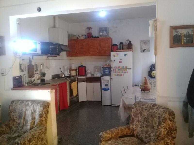 Foto Casa en Venta en  Ituzaingó ,  G.B.A. Zona Oeste  Honorio Pueyrredón al 1300 entre Paso de los Libres y La Piedad