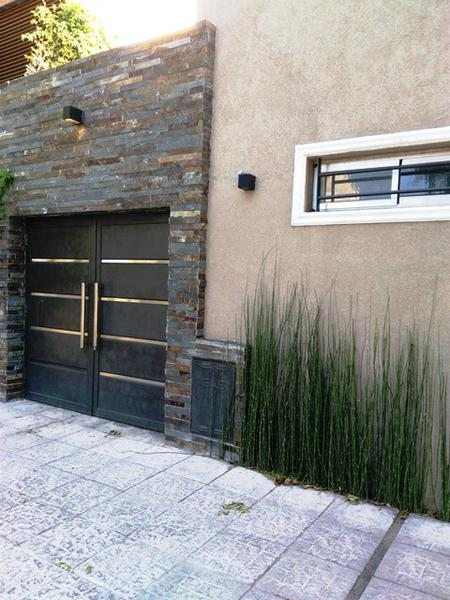 Foto Casa en Venta |  en  Lomas de Zamora Este,  Lomas De Zamora  Melo al 200