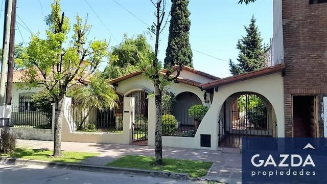 Foto Casa en Venta en  Monte Grande,  Esteban Echeverria  Fernando de Toro 75
