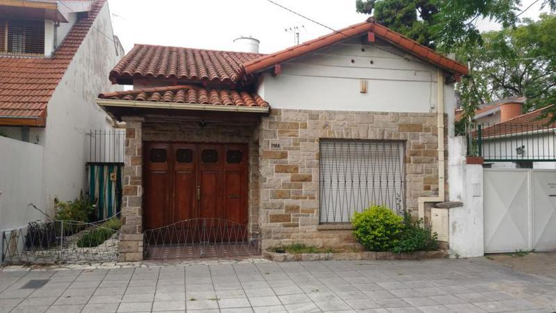 Foto Casa en Venta en  Florida Belgrano-Oeste,  Florida  ARENALES al 3800 entre PERU y DEAN FUNES